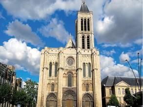 Façade de la Basilique Saint-Denis- visite guidée paris