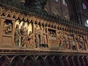 Cathédrale Notre-Dame de Paris pourtour du chœur- visite guidée paris