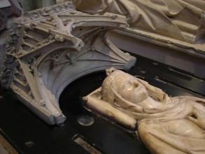 gisante d'Isabelle d'Aragon basilique Saint-Denis-visite guidée de paris