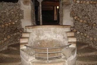 Catacombes puits des carriers- visite guidée paris