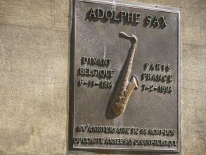 Cimetière de Montmartre - Adolphe Sax - Visite guidée Paris