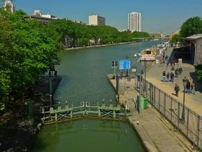 Canal Saint-Martin - Écluse Saint-Martin - Visite guidée Paris