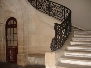 escalier de l'hôtel-Chenizot de l'île Saint-Louis- visite guidée paris