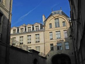 grand hôtel de Bretonvilliers de l'île Saint-Louis- visite guidée paris