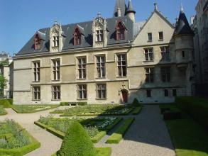 Marais médiéval - Jardins de l'hôtel de Sens - Visite guidée Paris