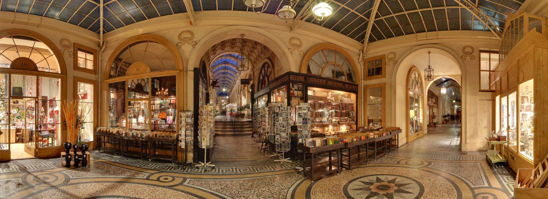 F erie des plus beaux couverts couverts martivisites for Hotel des secrets paris