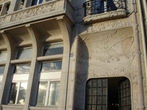 Quartier François Ier - Immeuble - Visite guidée Paris