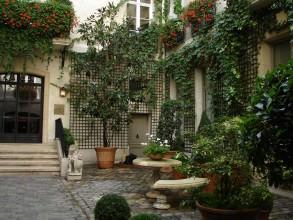 relais-Christine de Saint-André-des-Arts- visite guidée de paris